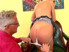 Blonde and sexy Andrea Francis pleases old guy Cristoph Clark with a nasty hardcore fuck