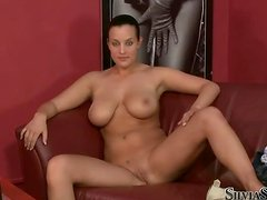 Busty and massive girl Carmen Croft is at casting