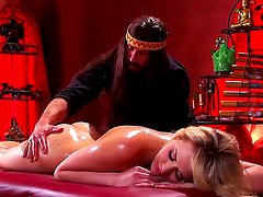 Old-fashioned Mia Malkova gets massaged and penetrated with a hands of the Bill Bailey
