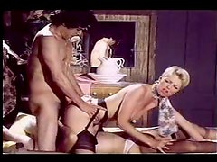 Great retro hardcore threesome scene