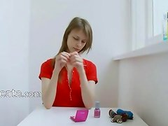 Teen room alone toying her asshole