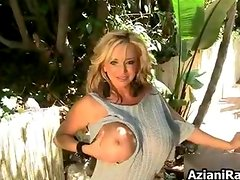 Sexy blonde milf gets horny fingering