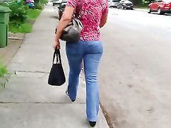 Beurette ass candid walking