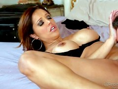 Big boobed cougar Francesca Le in barely there black bra
