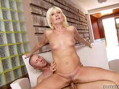 Kate Blonde gets her pussy fingered and stunningly pounded