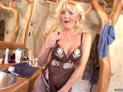 A Big Cock For A Mature Blonde By The Name Of Rachel