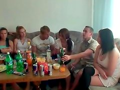 College party end up with lots of horny