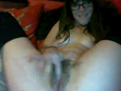 Sultry Lady fingers love tunnel and arsehole !