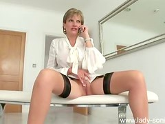 Lady Sonia teases pussy talking on the phone