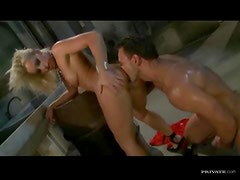 His rimjob works her up for anal creampie