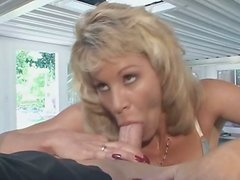Vintage sex video of slutty mom Michelle St James giving a head