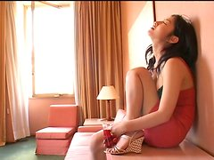Magnificent brunette Asian babe Hiroko Sato is a dream girl