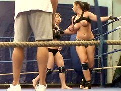 Bootylicious Lisa Sparkle and Eliska Cross fighting in tight yoga shorts