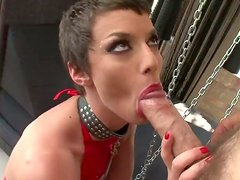 Hardcore fanatic chick Eliska Cross stretches the mouth of her girlfriend