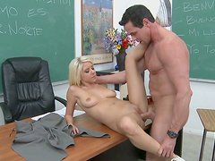 Blonde college slut Tessa Taylor fucks her Spanish language teacher