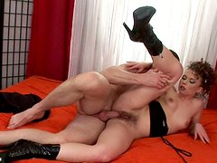 Doggy style brings lots of delight to dirty-minded hooker in heels