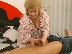 Groaning old blowlerina Iren gets fucked from behind on wide bed