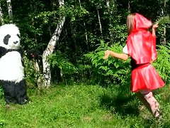 Horn-mad Red Riding Hood gonna be fucked right in the woods