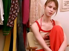 Beata teen fingering in dressing motel