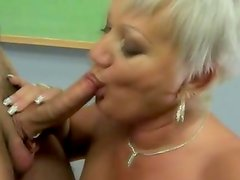 Amateur old grandma giving blowjob