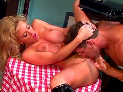Arousing experienced heavy chested blonde milf with hot body gets