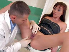 Alysa Gap gets her anal hole examined by horny gynecologist