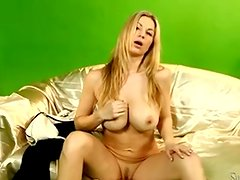 Bigtitted blonde Carol Gold bares in her casting nearby Silvia