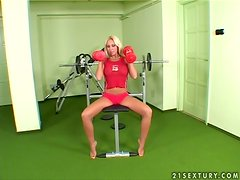 Adriana Russo the sporty blonde girl toys and fingers in gym