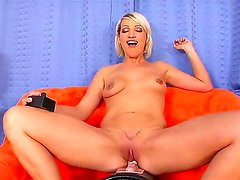 Gorgeous blonde Dara Lee uses her favorite toy fir an awesome masturbation