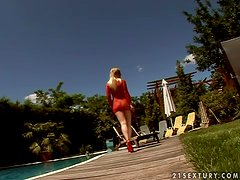 Hot blondie Angel Spice gets two huge cocks on the deck