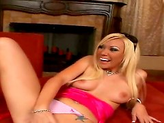 Billy Glide is deriving some lusty gratification from hot blonde Samantha as he licks her wet pussy