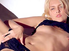 Stunning blonde hottie in sexy lingerie Sasha enjoys giving amazing solo session