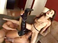 Two women do anal with creampies leaking